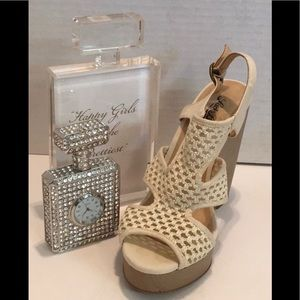 LUCKY BRAND White CREME WEDGE SANDAL Size 8